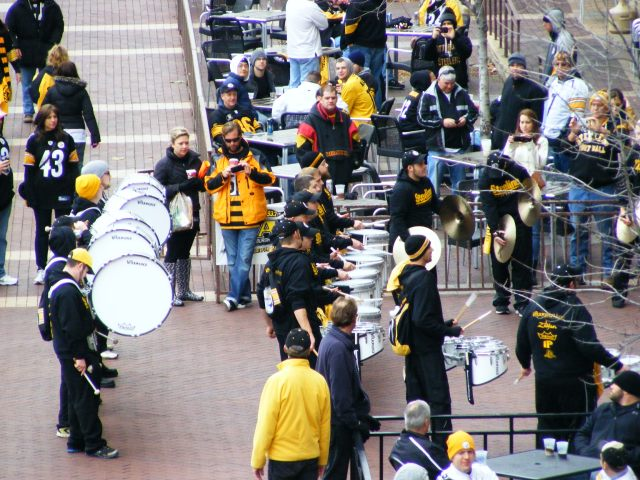 Entertainment before Steelers Game